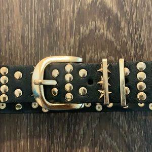 Zara Accessories - ZARA star/ studded black and gold belt